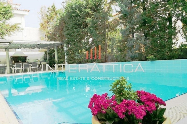 (For Sale) Residential Detached house || East Attica/Voula - 400 Sq.m, 4 Bedrooms, 1.250.000€